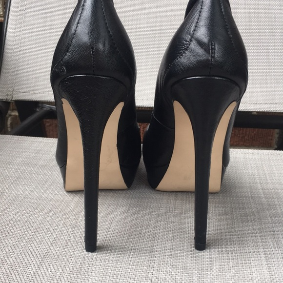 Black Steve Madden Pump Heels
